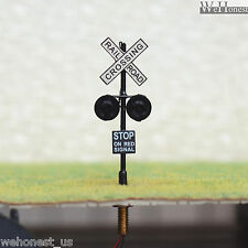8 x HO Scale Railroad Crossing Signals 2mm LEDs made + Circuit board flasher