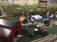 Midwestern themed LGB/Bachmann G scale train table w/3 sets of trains & more