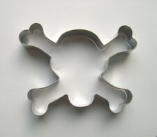 Skull and Bone Special Party Pastry Baking Biscuit  Metal Cookie Cutter Mold