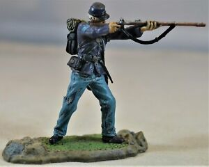 Forces of Valor Painted Civil War Union Standing Firing Figure from Action Sets