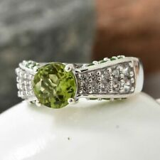 3.25 Ct Hebei Peridot and Diopside Gemstone Solitaire Ring Size S