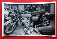 Foto AK Motorrad HONDA 750 Tour am Messestand   ( 11982