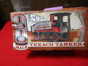 1995 ERTL 1910 Mack Texaco Tanker Locking Coin Bank Die Cast #F122 New in Box