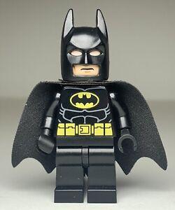 Lego DCSuper Heroes BATMAN (Type 2 Cowl) Minifigure sh016a FAST SHIPPING!