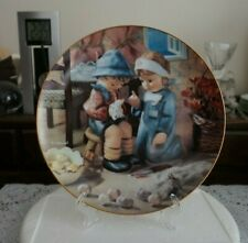 M I Hummel Collectible Plate Little Companions Tender Loving Care Danbury Mint