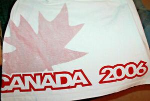 HUDSON'S BAY CO. Olympic 2006 Canada Men's Shirt Size XL
