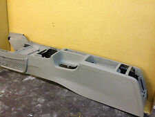 AUDI A3 8P MK2 2004-12 CENTER CONSOLE WITH CUP HOLDER ARMREST HOLE 8P2863244