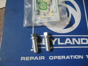 NOS British Leyland Soft Top locking Pins (2) Triumph TR250 TR6 Spit MK3 623431