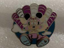 Disney Pin 2006 Cast Lanyard Recreation Minnie Mouse Parasailing pin970