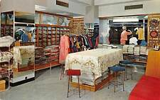 HONG KONG, CHINA, CHINESE ARTS & CRAFTS SHOP INTERIOR QUEEN'S RD c 1950's