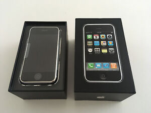 Old Stock Apple iPhone 2g - 1st Generation - 4GB - Collectors Super Rare