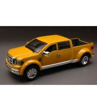 FORD MIGHTY F-350 2002 YELLOW 1:31