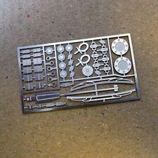 TREMONIA Universal Tuning Diorama Racing Set / detail kit 1/18 Zubehör 1:18