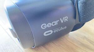 Samsung Gear VR Oculus Virtual Reality Headset Blue / Black USB-C