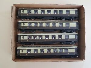 4 x Hornby Pullman Cars with working Lights 'Minerva' Iris and 2 x Cygnus