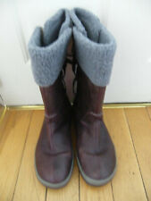 WOMENS KEEN BOOTS SIZE 8 WATERPROOF WARM BNWOT BURGANDY CALF LENGTH