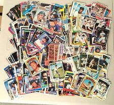 Lot of over 550 NEW YORK YANKEES baseball cards - all different years!!