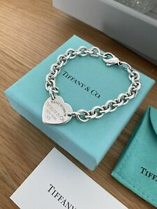 Genuine Tiffany And Co Stunning Hallmarked Heart Chain Bracelet With Box