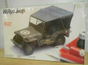 Testors Italeri 1/24 Willys USMC Jeep GP 4x4