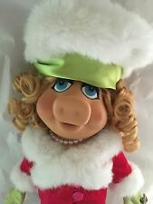 "Tonner 16"" Vinyl Muppets Miss Piggy TAKES MANHATTAN dressed in ENSEMBLE"