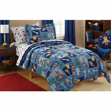 Mainstays Kids Space Bed in a Bag Bedding Set, Comforter, Flat and Fitted - Twin