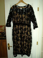 Ladies Black Rose With Inner Lining Size UK 14 Dress With Side Zip