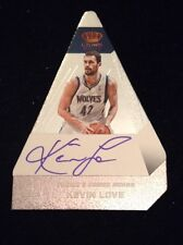 12-13 Kevin Love Crown Royale #57 CHOICE AWARD SILVER AUTO #D 3/25
