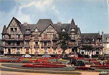 BR51719 Cabourg le jardin et les villas France