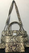 Pre-owned MICHEAL KORS HANDBAG AND MATCHING WALLET/CLUTCH