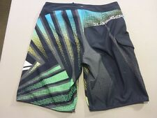 116 MENS EX-COND QUIKSILVER BLACK / GREY / LEMON PRINT BOARDSHORTS 32 $80 RRP.