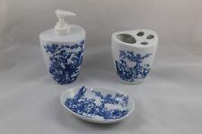 Set de Accesorios de Baño en Porcelana DISCORSA Gama azul clasico. 3 Unidades.