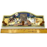 MARY ENGELBREIT CAT & THE FIDDLE Ceramic Wall Rack  3 Wood Peg Nursery Decor