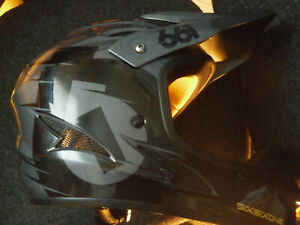 SixSixOne Full face Mountain Bike Helmet Large - great price!
