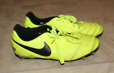 Nike Tiempo Youth Boy Soccer Cleets Athletic Shoes Neon Yellow Sz 5Y