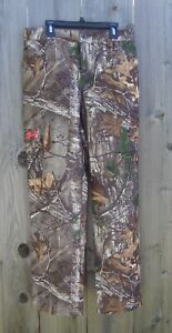 Youth Large Realtree water resistant loose fit real tree cammo pants   **NWT***
