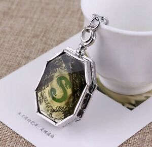 "Harry Potter Voldemort Horcrux Slytherin's Locket Necklace 1.5"" US Seller"