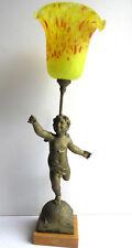 Lampe de table, sculpture angelot sur marbre + tulipe Clichy pâte de verre jaune