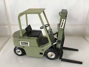 Clark oldtimer ( green driver protection) forklift truck fork lift  BOX