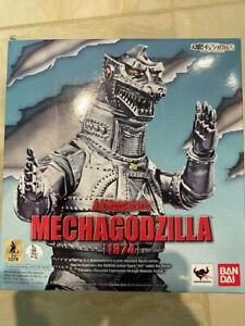 S.H. MonsterArts Godzilla Mechagodzilla 1974 action figure Bandai Tamashii (USED