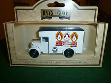 Lledo Days Gone 1934 Dennis Parcels Van with Cosmos Lamps decals