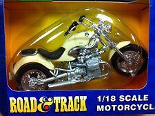 BMW R 1200C WHITE motorcycle 1/18 R1200C R1200 C 1200 Maisto
