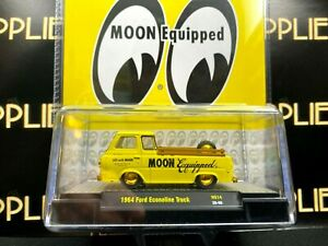 CHASE ! M2 Machines 1964 Ford Econoline TRUCK MOONEYES Moon Equipped 1/750 1:64