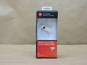 Motorola Universal Bluetooth Headset H390 White Ear Hook NIB Box has crack.