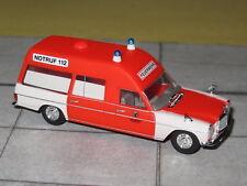 Brekina 13818 - Mercedes Benz - MB/8 KTW - Feuerwehr Hannover