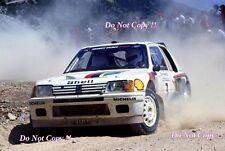 El Señor Vatanen nos Peugeot 205 Turbo 16 Acrópolis Rally 1984 fotografía