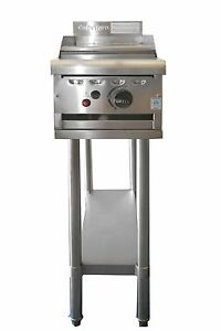 COMMERCIAL CATERWARE S/S  300 WIDE GAS HOTPLATE/GRIDDLE WITH STAND (LPG OR NAT)