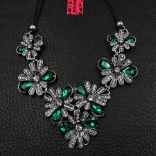 Betsey Johnson Green Rhinestone Flower Charm Woman Pendant Choker Chain Necklace