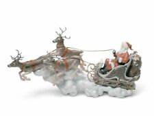 Lladro Santa's Midnight Ride Sleigh Figurine. Limited Edition 01001938