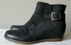 New Dansko lia burnished nubuck black wedge boots. sz37. RT$185