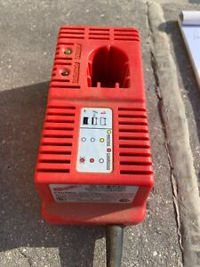 Milwaukee Class 2 Battery Charger 48-59-0192 7.2/9.6/12.0V 2.4A